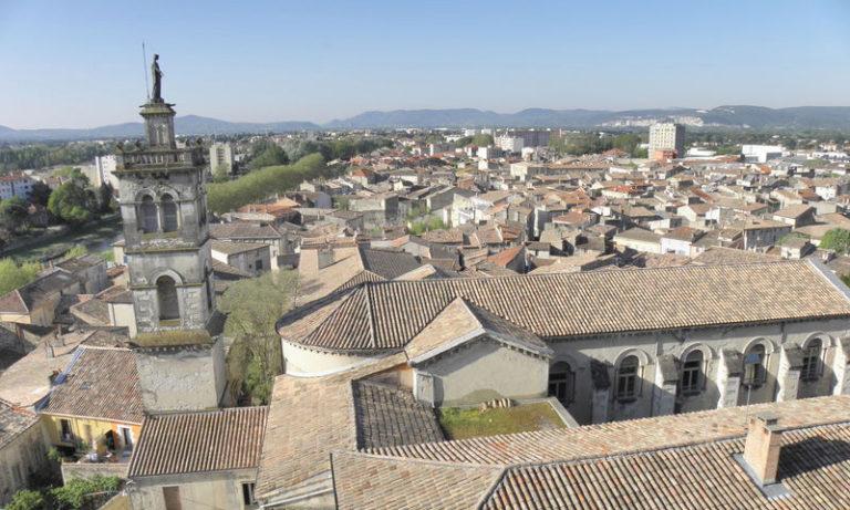 Création de sites internet à Montélimar dans la Drôme par Pixeldorado, vue de Montélimar centre.